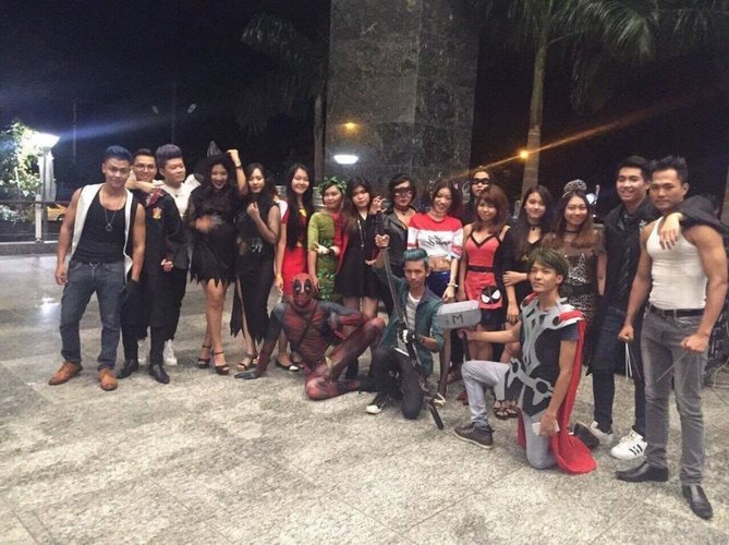 MyWorld Careers - Costume Theme Party